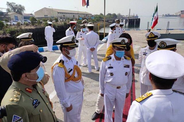 ناوگروه نیروی دریایی پاکستان در بندرعباس پهلو گرفت