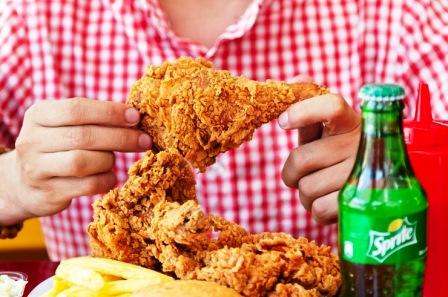 بحران مرغ سوخاری؛ حذف از منو و تعطیلی رستورانها