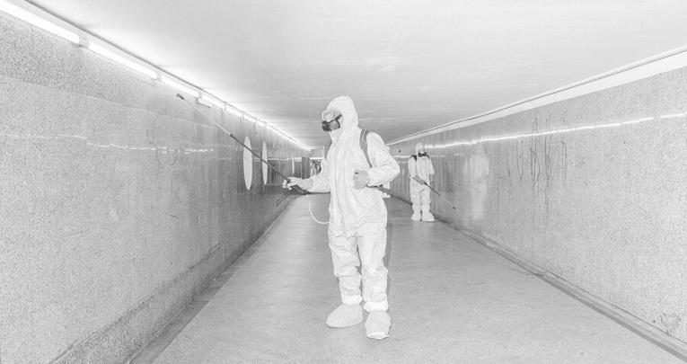 ویروس کرونا از طریق ذرات شناور در هوا هم منتقل میشود