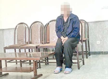 چهار روز زندگی پدر معتاد در کنار جسد پسر