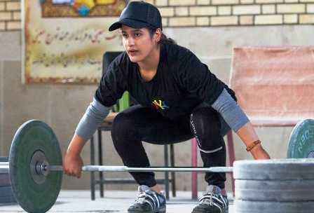 گفتگو با یکتا جمالی اولین مدالآور وزنهبرداری زنان