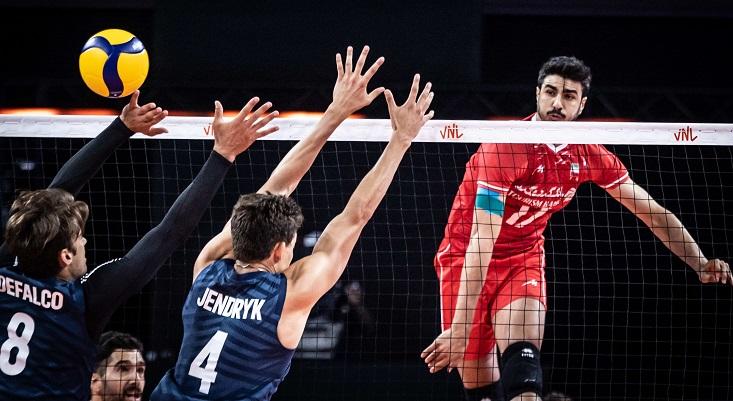 قدرتنمایی والیبالیستها ادامه دارد؛ ایران سه، آمریکا صفر