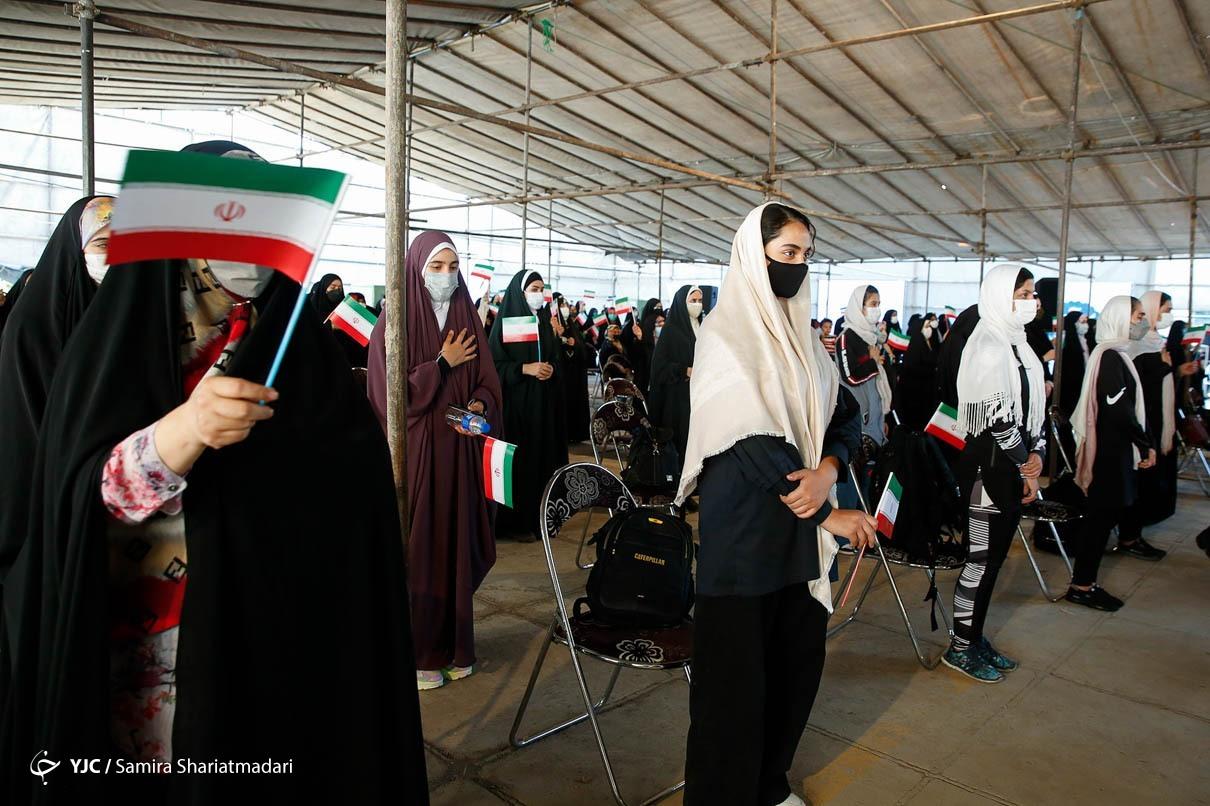 گزارش تصویری | دیدار سید ابراهیم رئیسی با دختران