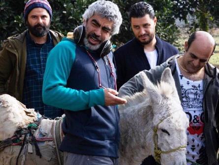 رصدخانه| تیکه به احمدی، پول نگرفتن آقاخانی و…