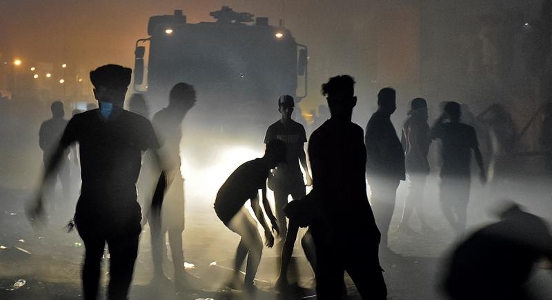 معترضان عراقی بیمارستانهای دولتی را بستند