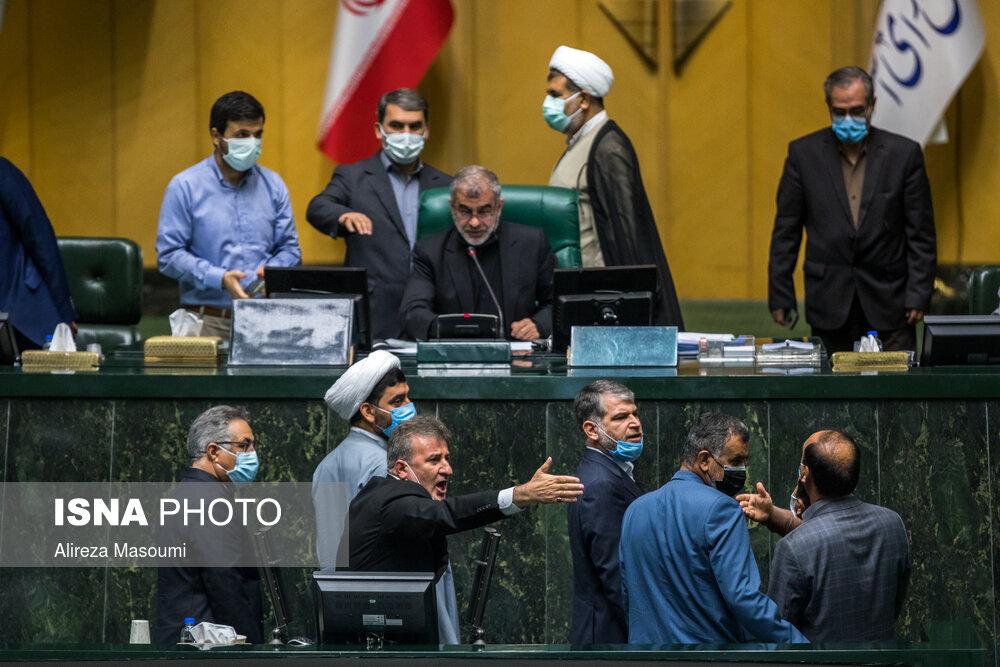 غیبت محمدباقر قالیباف در روز سرنوشتساز مجلس