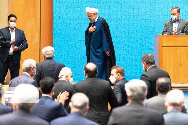 دولت هشت ساله روحانی و کارنامه دو پاره