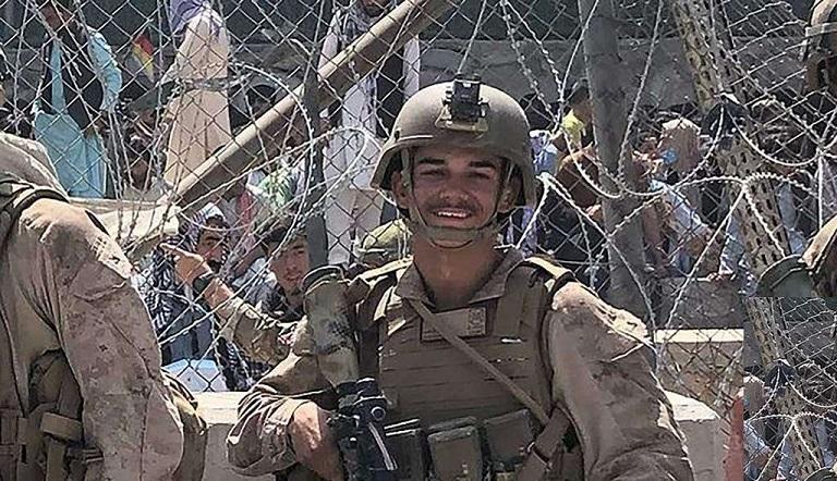سرباز ایرانیتبار آمریکایی که در انفجار فرودگاه کابل کشته شد کیست؟