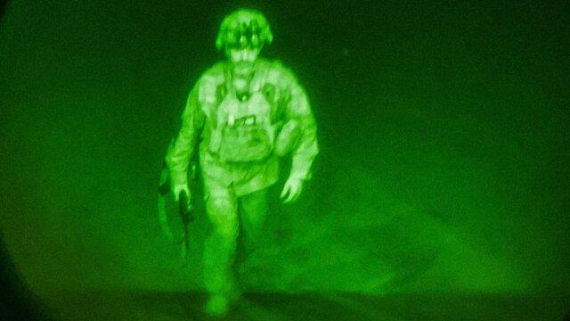 آخرین نظامی آمریکایی افغانستان را ترک کرد