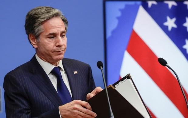 وزیر خارجه آمریکا: به کنار گذاشتن توافق هستهای نزدیک شدهایم