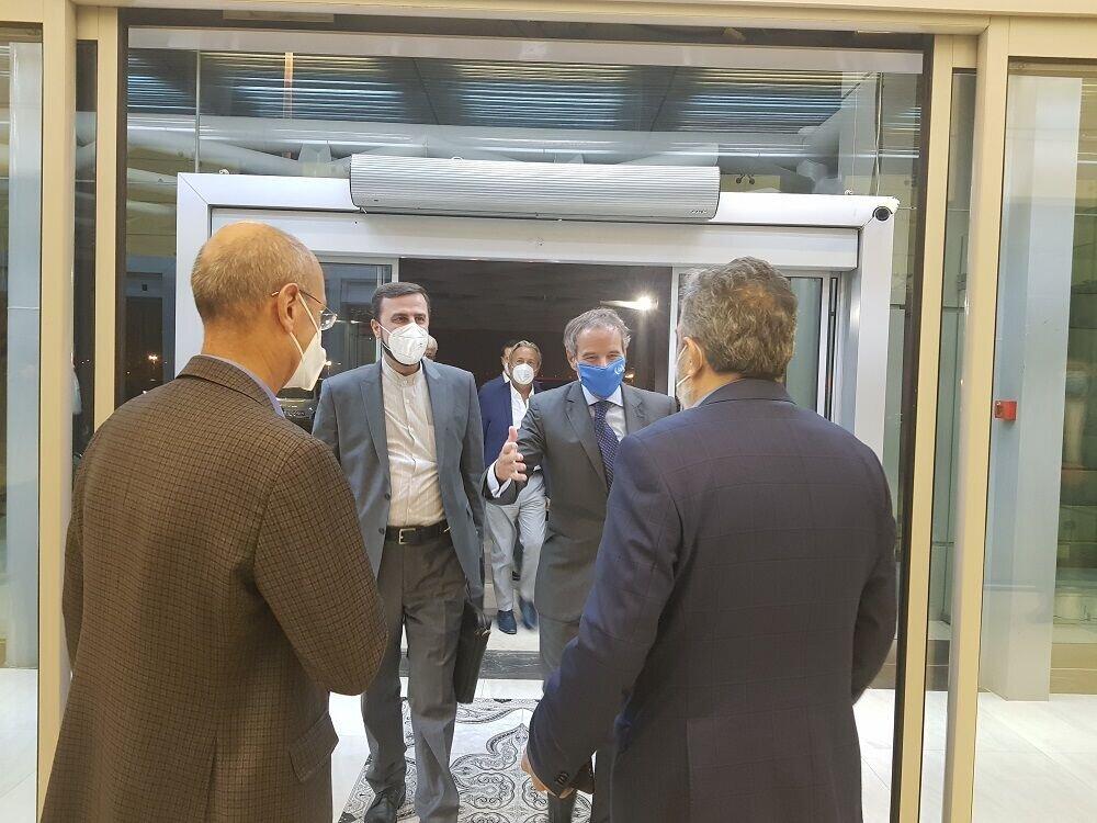 مدیرکل آژانس انرژی اتمی به امید یک توافق وارد تهران شد