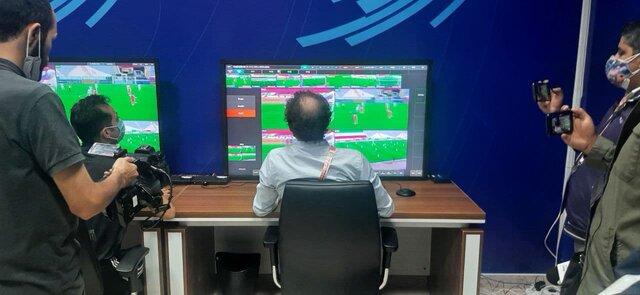 عکس روز؛ اولین تست کمکداور ویدیویی در فوتبال ایران